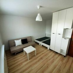 1-izbový byt ( bauring),  kompletne rekonštruovaný, Banská Bystrica – Beskydská ulica