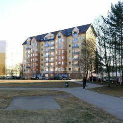 Na predaj, pripravujeme 1 izbový byt na predaj na Ľadovni 30m2
