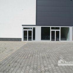 REALITY COMFORT - komerčný priestor s veľkou terasou v centre mesta