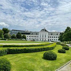 Históriou dýchajúci 1,5 izbový byt v blízkosti Prezidentského paláca
