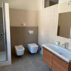2 izb. byt - komplet rekonštrukcia - Sídlisko Lány