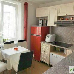 REZERVOVANÉ - 17.novembra - 1 izbový, kompletne zrekonštruovaný byt