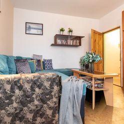Priestranný 3-izbový byt so záhradou a výhľadmi na zeleň v atraktívnej časti Ružinova