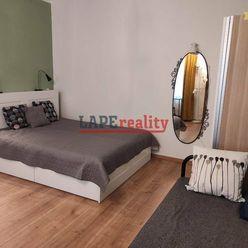 PRENÁJOM 1-izbový byt - 2 min od EUROVEA