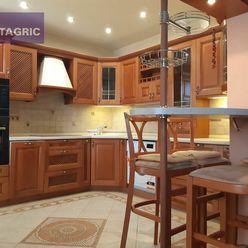 3409 - Na predaj 3 izbový luxusný byt v Komárne na Ul. Vodnej