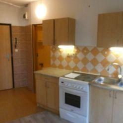 Na predaj 1 izbový byt Trnava,  A. Kubinu