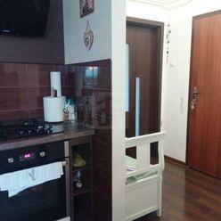 Directreal ponúka Priestranný, klimatizovaný byt v tehlovej bytovke s množstvom zelene