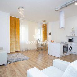 Prenájom - 2-izbový moderný byt - Bratislava Staré Mesto
