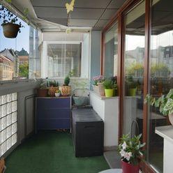 Výnimočný 3 izbový byt v 14 ročnej novostavbe v Bratislava I. na predaj