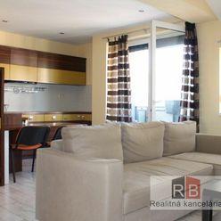 Reality Broker ponúka pekný, kompletne zariadený  2 izb. byt v centre mesta