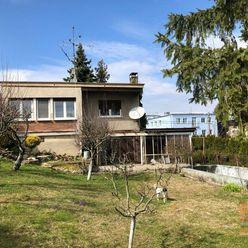 Predaj 4-izbového rodinného domu s veľkým pozemkom vo vyhľadávanej lokalite na Kolibe
