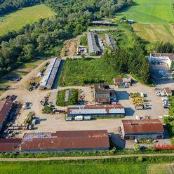 Exkluzívne ponúkame na predaj lukratívny poľnohospodársky objekt v Koškovciach