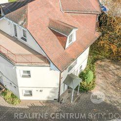 Predaj  Villy- Penzionu/ ubytovne s kapacitou min. 20 lôžok pri Budatínskom zámku, cena: : 294.108 E