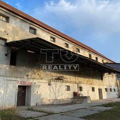 NA PREDAJ polyfunkčný areál v obci Kovarce, 3975 m2