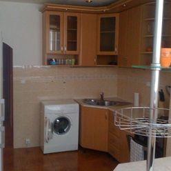 Predaj - 4 izbový byt Moskovská ul.