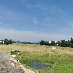 Investovanie do budúcnosti – 5 stavebných pozemkov na okraji mesta Lučenec