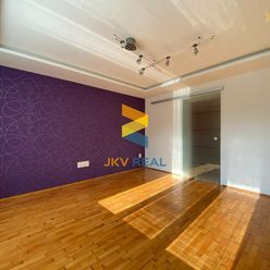 JKV REAL | Ponúkame na predaj 2i byt na Starom Sídlisku v Prievidzi