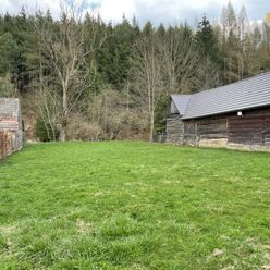 Rezervované - predaj stavebný pozemok 633 m2 v Kunerade
