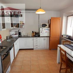 MASTER REAL- Na Predaj 2-izbový byt, 58 m2 s balkónom, Prievidza, Staré Sídlisko