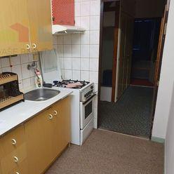 PREDANÉ /3 izbový byt Bánovce nad Bebravou  / SEVER  / 82m2 / LOGGIA