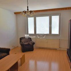 Slnečný 3 izbový byt -  Solinky s loggiou (70 m2)