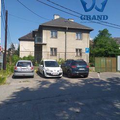 TOP PONUKA! Bratislava, Jaskový rad, rodinný dom na veľkom pozemku, TG