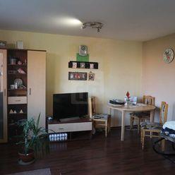 Directreal ponúka 3 izbový byt v pôvodnom stave na sídlisku Rybný Trh v Dun.Strede
