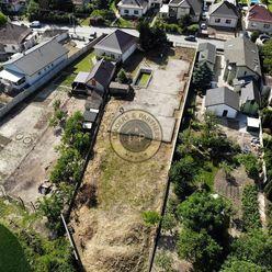 Stavebný pozemok v Tomášove, 1378 m2, všetky IS