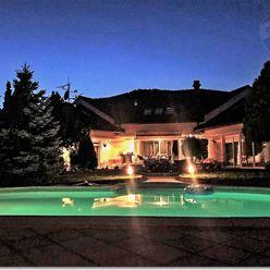 Rodinný dom, vila, na predaj. Villa for sale.