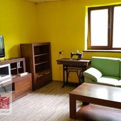 Ponúkame  na  predaj  2 izbový  tehlový  rodinný  dom o rozlohe 1890m2 v obci Drietoma - časť Brúsne
