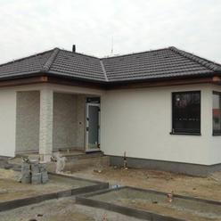 Nádherný murovaný tehlový bungalov - 4 izbový, hneď pri Bratislave