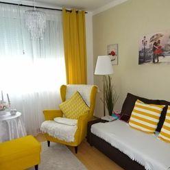 Zrekonštruovaný, útulný,veľký 3,5 i byt hneď pri centre mesta Modra.