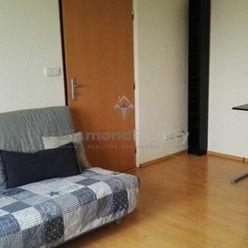 Na prenájom pekný svetlý 1 izbový byt s balkónom, Hospodárska, Trnava.