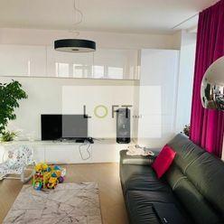Predaj krásny 3-izbový byt v PANORAMA CITY s výhľadom na hrad, garážové státie