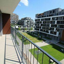 Slnečnice-Zóna Mesto, 2i byt s parkingom a veľkou loggiou