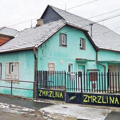 Rodinný dom obec Jalovec - podl. plocha 420 m2
