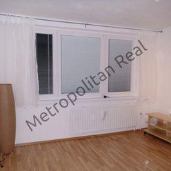 Priestranný 1-izbový byt na Topoľčianskej ulici pri Draždiaku