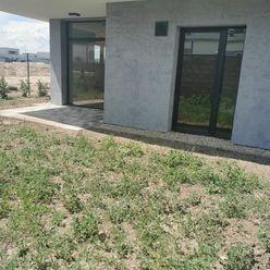 Novostavba City Park Residence  - 3 izbový byt so záhradou v centre Rovinky