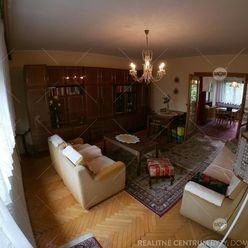 5-izbový rodinný dom - Bytča (blízko od námestia)