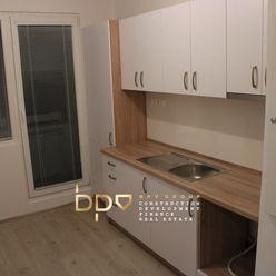 Rezervované - BpV ponúka na predaj 3 izb. byt po kompletnej rekonštrukcii v Dubnici n/V