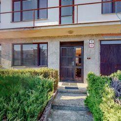 P R E D A J 6 izbový rodinný dom s pozemkom, o rozlohe 1455 m2, Dolné Vestenice, Ľ. Štúra.