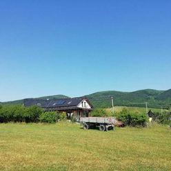 | Dvojgeneračný rodinný dom | Predaj |  35000 m² | medzi Dolnými a Hornými Orešanmi |
