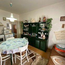 Predaj- rodinný dom Nesvady s priestranným pozemkom