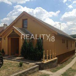 Na predaj dom v Podhájskej
