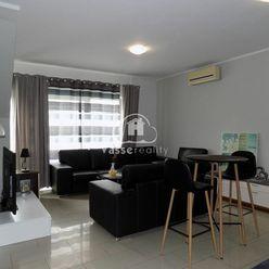 Na prenájom 2 izbový  byt komplet zariadený v centre mesta  Nové Zámky .
