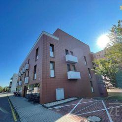 2-izbový byt, PARKING , prenájom, Bratislavská, Záhorská Bystrica