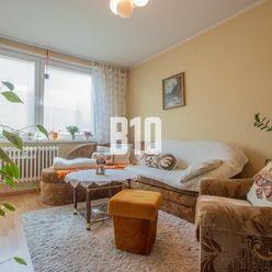 3-izbový byt s balkónom, na ulici J.Bottu, v pôvodnom stave