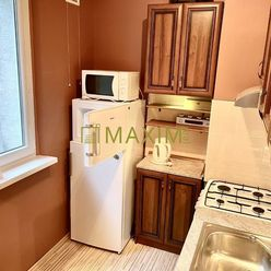 PREDAJ - 1- izbový byt na Saratovskej ulici prerobený na 2- izbový