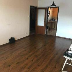 Ponúkame na predaj 4-izbový byt s lodžiou (bauring), 82 m², Banská Bystrica - Fončorda