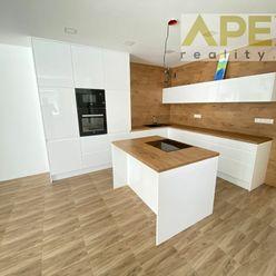 Exkluzívne iba u nás v APEX reality 4i. novostavba RD, Osloboditeľov - Šulekovo, pozemok 1113 m2, sk